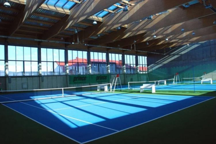 Korty tenisowe hali w Piasecznie